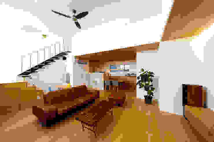 haus-wave 北欧デザインの リビング の 一級建築士事務所haus 北欧