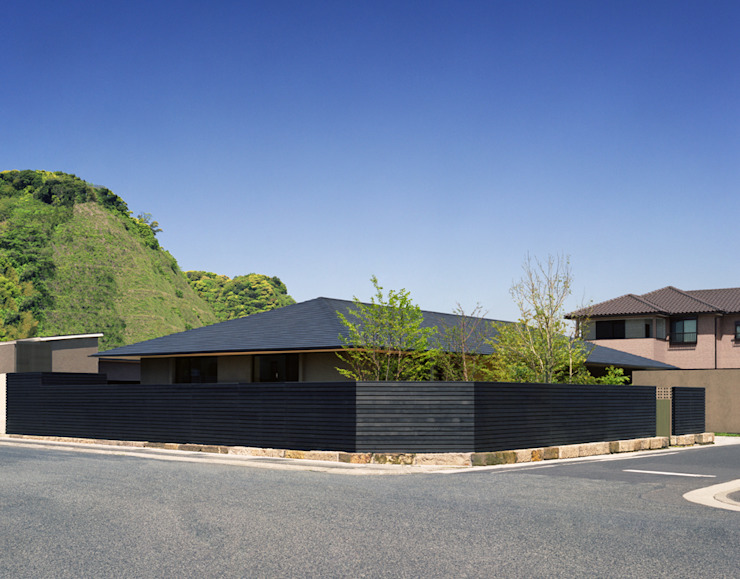 House in Satsuma Casas modernas: Ideas, diseños y decoración de 柳瀬真澄建築設計工房 Masumi Yanase Architect Office Moderno