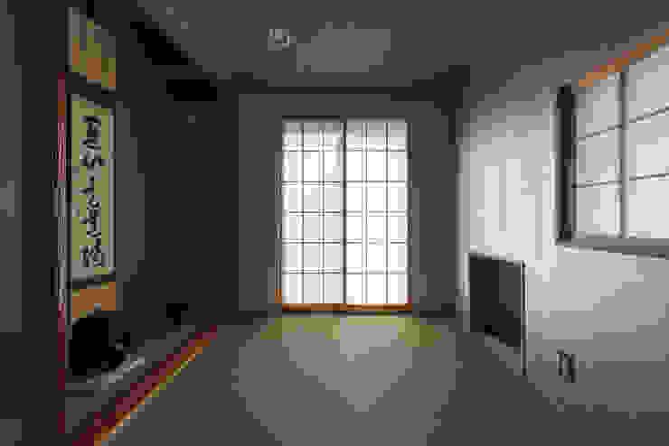カマクラのイエ 和風の 寝室 の 白子秀隆建築設計事務所 和風
