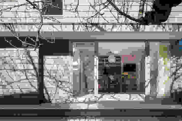カマクラのイエ 和風デザインの テラス の 白子秀隆建築設計事務所 和風