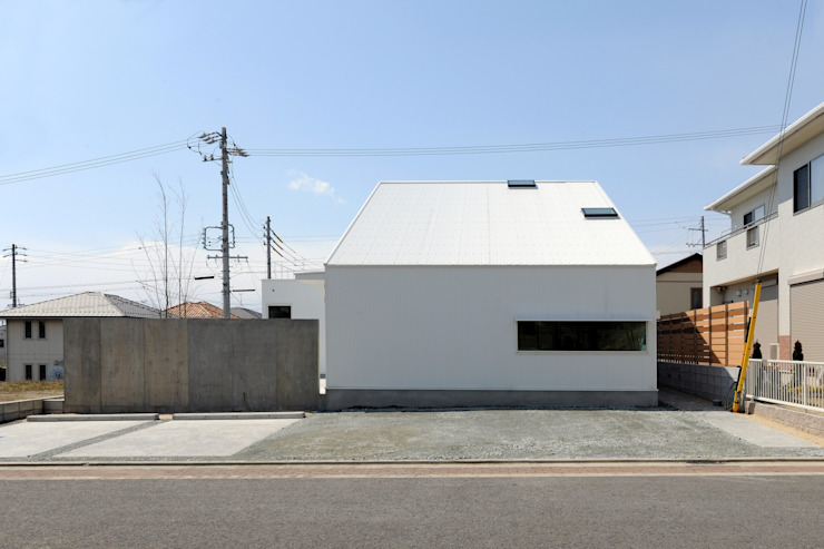 市原忍建築設計事務所 / Shinobu Ichihara Architects Modern Houses