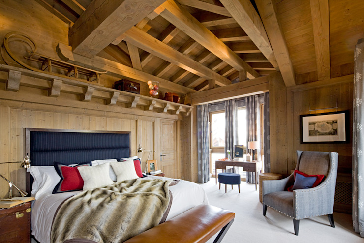 Chalet, Val d'Isère Houses by Helen Green Design