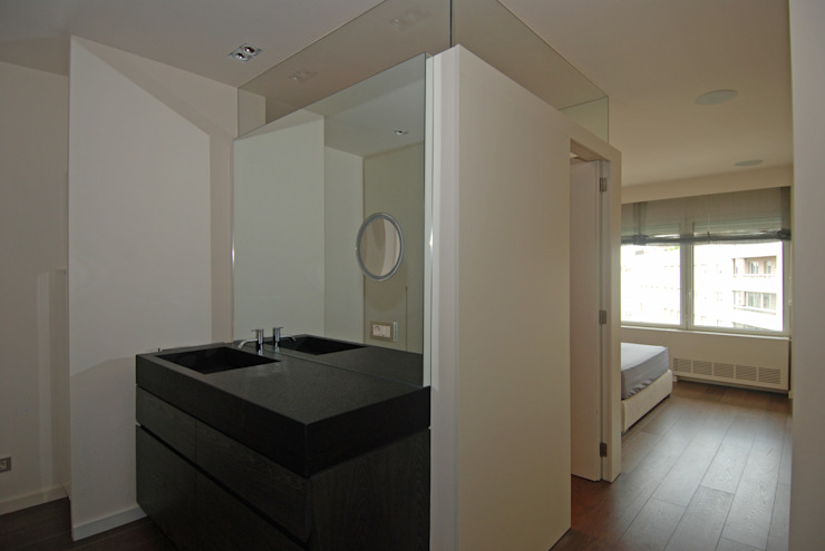 Suite Modern style bedroom by FG ARQUITECTES Modern