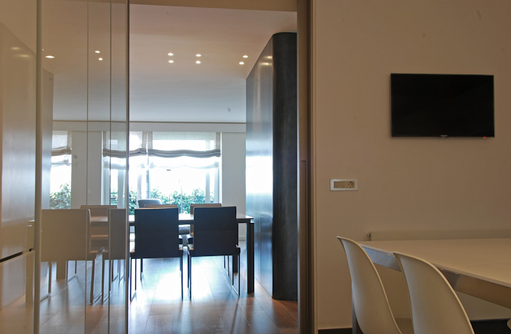 Dining room Modern dining room by FG ARQUITECTES Modern