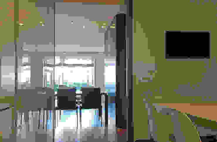 Dining room FG ARQUITECTES Modern dining room