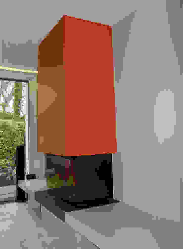 Cheminée design Maisons modernes par Architectures² Moderne