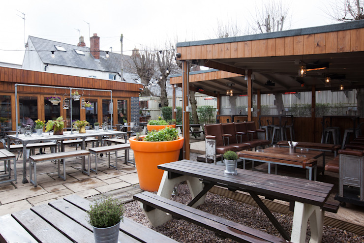 THe Plough Harborne - Garden Area de Spencer Swinden