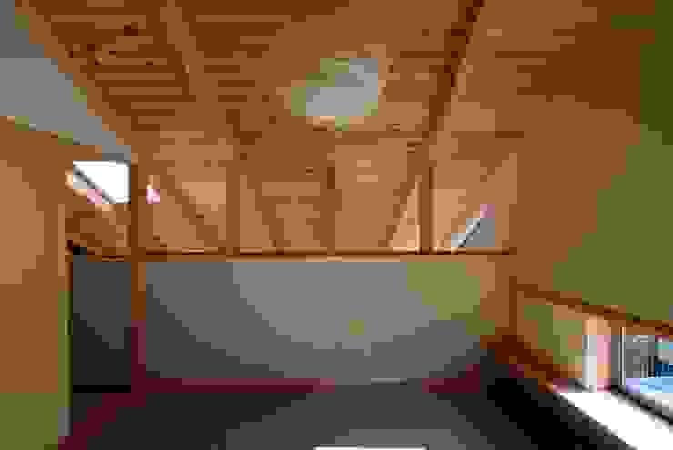 SATE -扠- モダンデザインの 多目的室 の 作人 -Architecture Design Sakutto- モダン