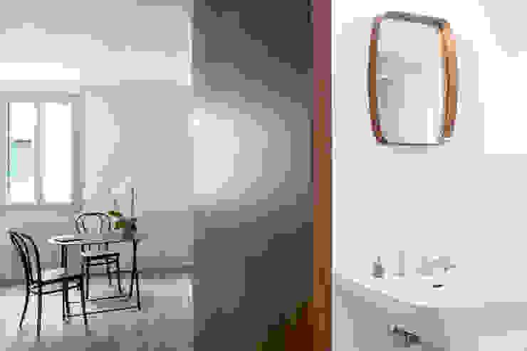 Due mini appartamenti di SCA Studio Corradin Associati