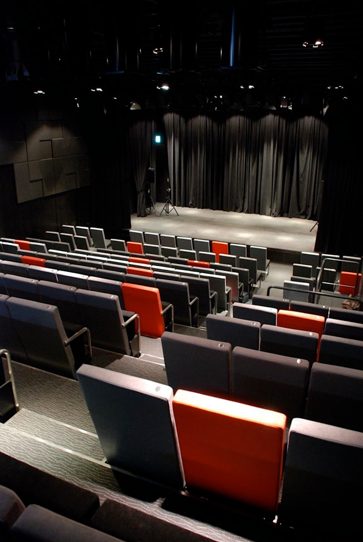RED THEATER の 石田和人デザインスタジオ