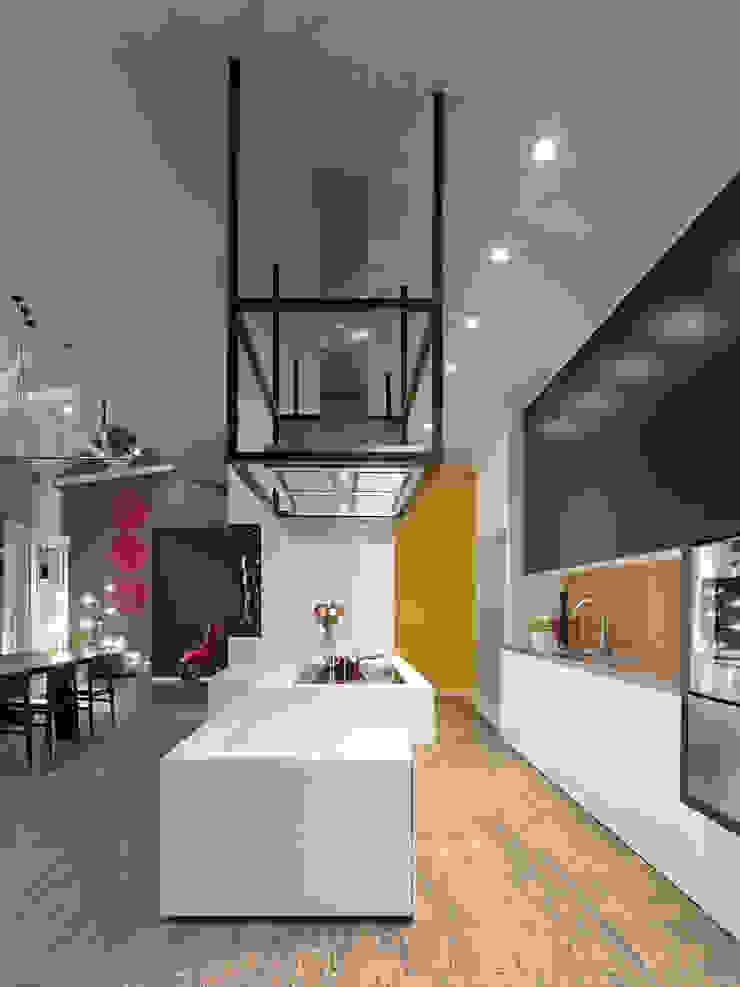 Loft ESN Ippolito Fleitz Group – Identity Architects Modern Kitchen