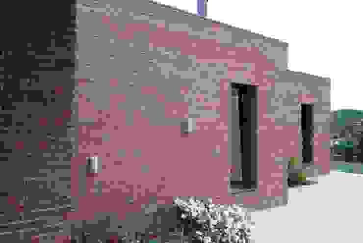 West façade, terrace Casas modernas por FG ARQUITECTES Moderno