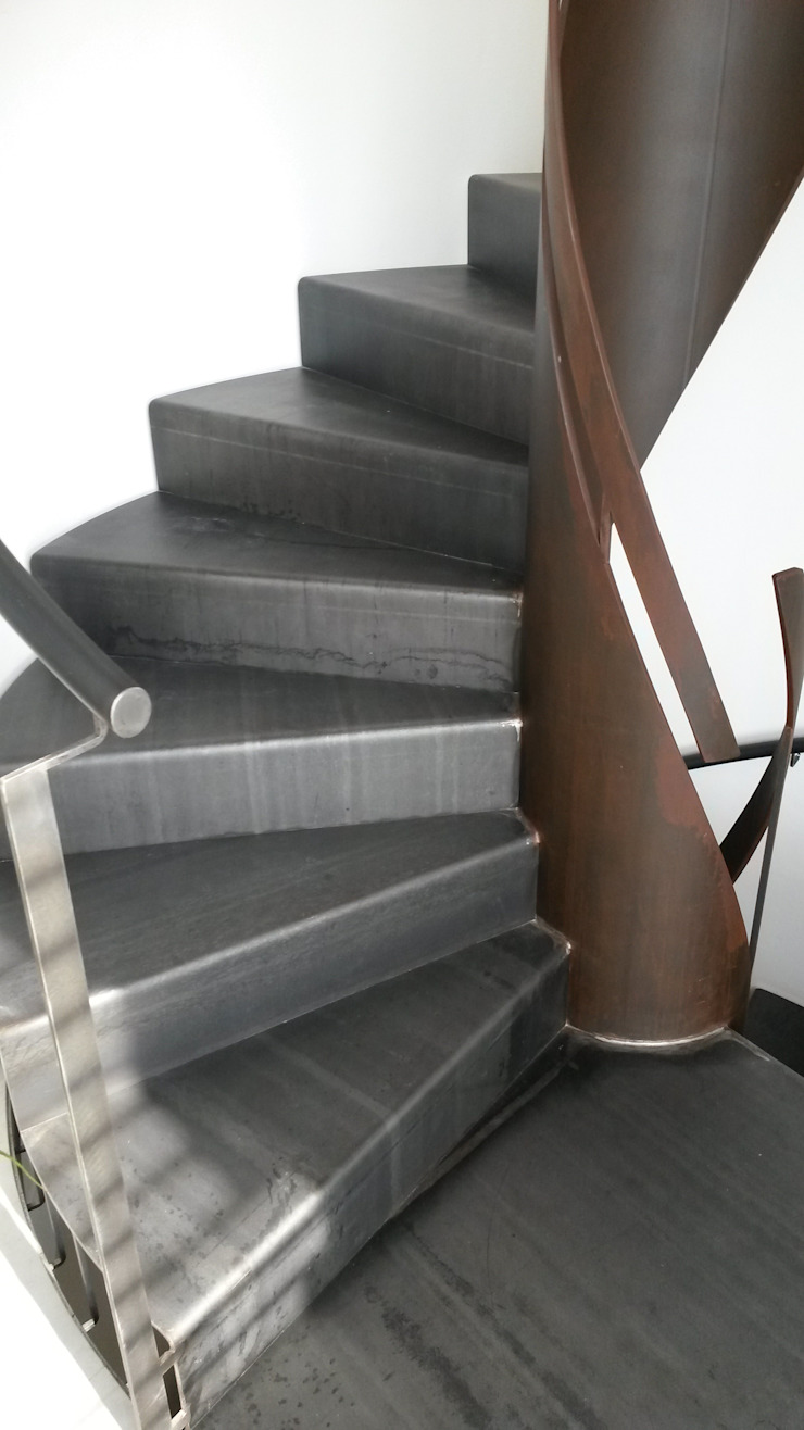 modern  by fferrarinirsm di ferrarini fabio, Modern