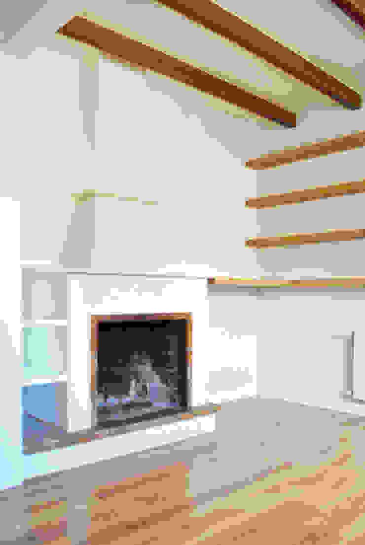 Reforma integral. La casa de la abuela Estudio de Arquitectura Sra.Farnsworth Salones de estilo escandinavo