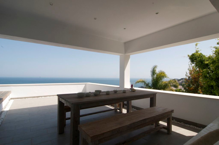 Modern Terrace by SH asociados - arquitectura y diseño Modern