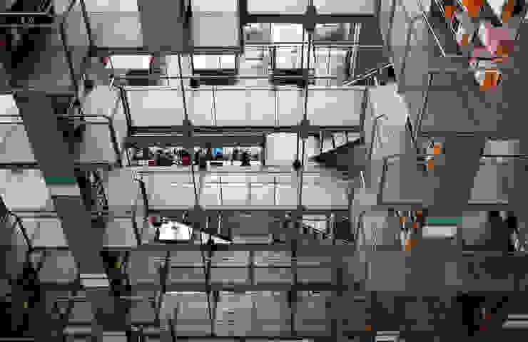 Biblioteca Vasconcelos: modern  by Ed Reeve, Modern