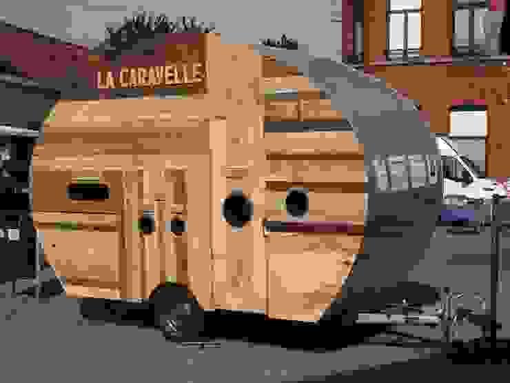 La Caravelle : mi-caravane, mi-poubelle par Atelier Michel Dupont Éclectique