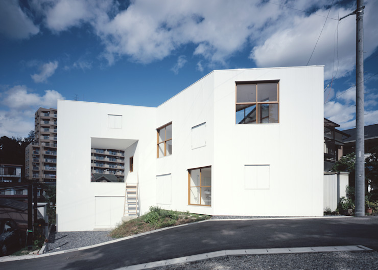 Casas de estilo minimalista de 南川祐輝建築事務所 Minimalista