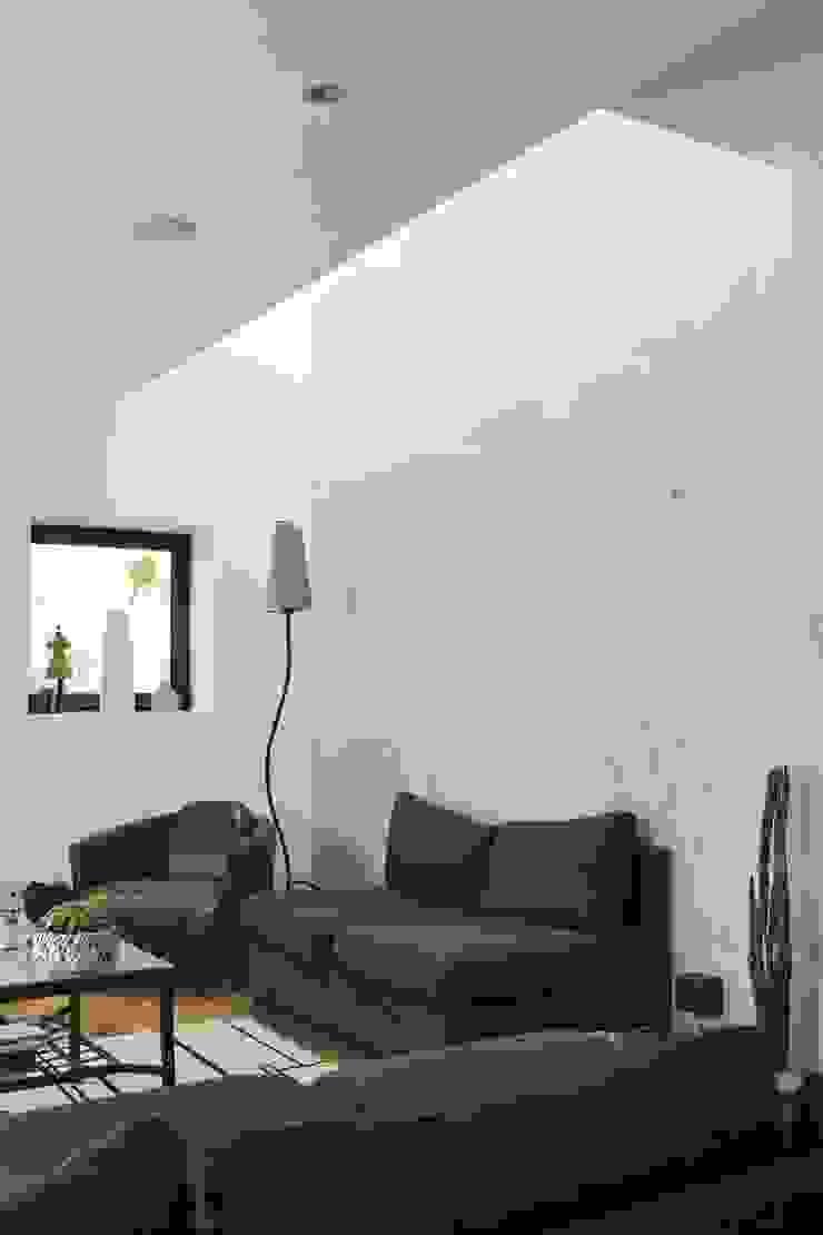 Maison neuve à Biarritz Salon moderne par Atelier d'Architecture Christophe Létot Moderne
