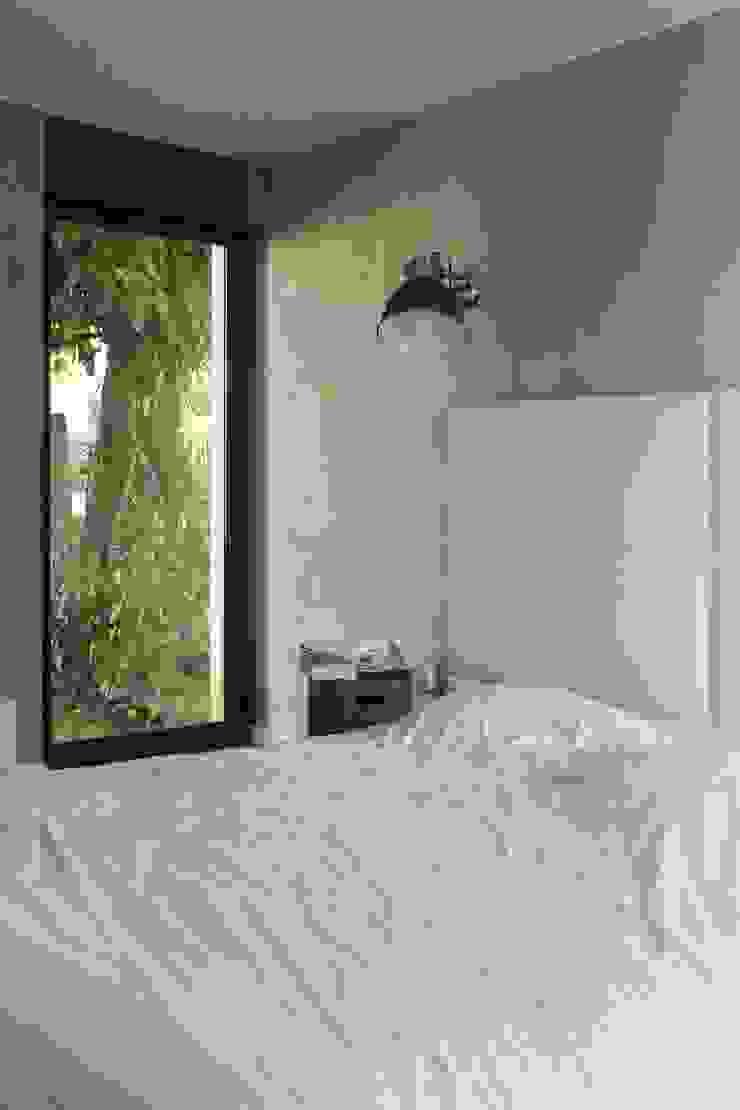 Maison neuve à Biarritz Chambre moderne par Atelier d'Architecture Christophe Létot Moderne