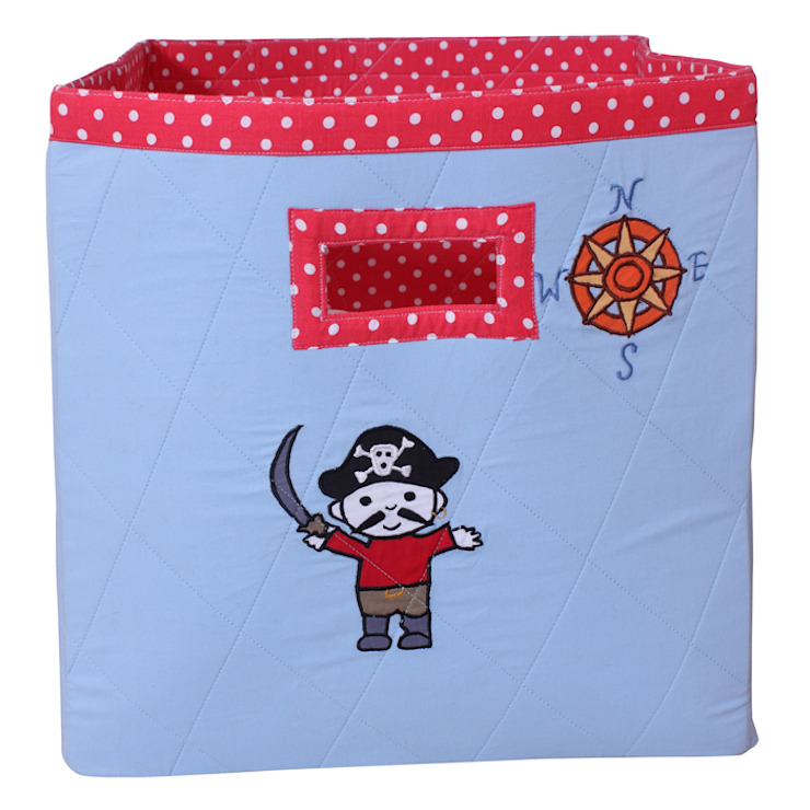 Storage Bag in Pirate Design: colonial  by Cuckooland, Colonial