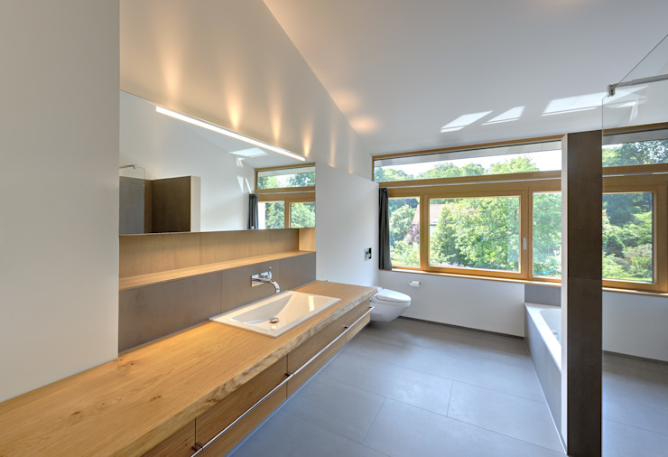 Möhring Architekten Modern bathroom
