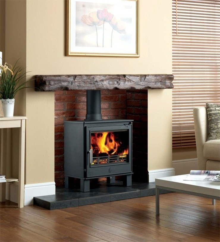 ACR Buxton DEFRA Approved Wood Burning / Multi Fuel Stove: modern  by Direct Stoves, Modern