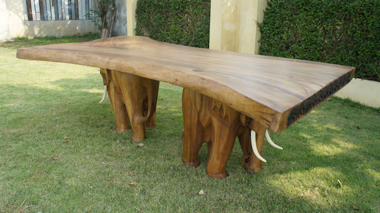 The Elephant Table: rustic  by Mango Crafts, Rustic
