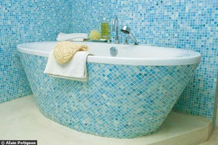 LOFT R—PARIS XI Modern Bathroom by Agence d'architecture Odile Veillon / ARCHI-V.O Modern