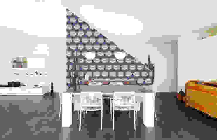 Papier peint Jeanne - Collection STILL NOUILLE par MUES design Moderne