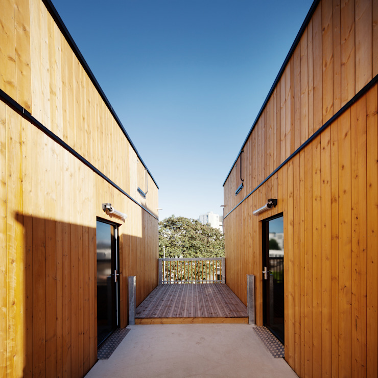 LA ARCHITECTURES 18 Logements rue Dolet Maisons modernes par LA Architectures Moderne