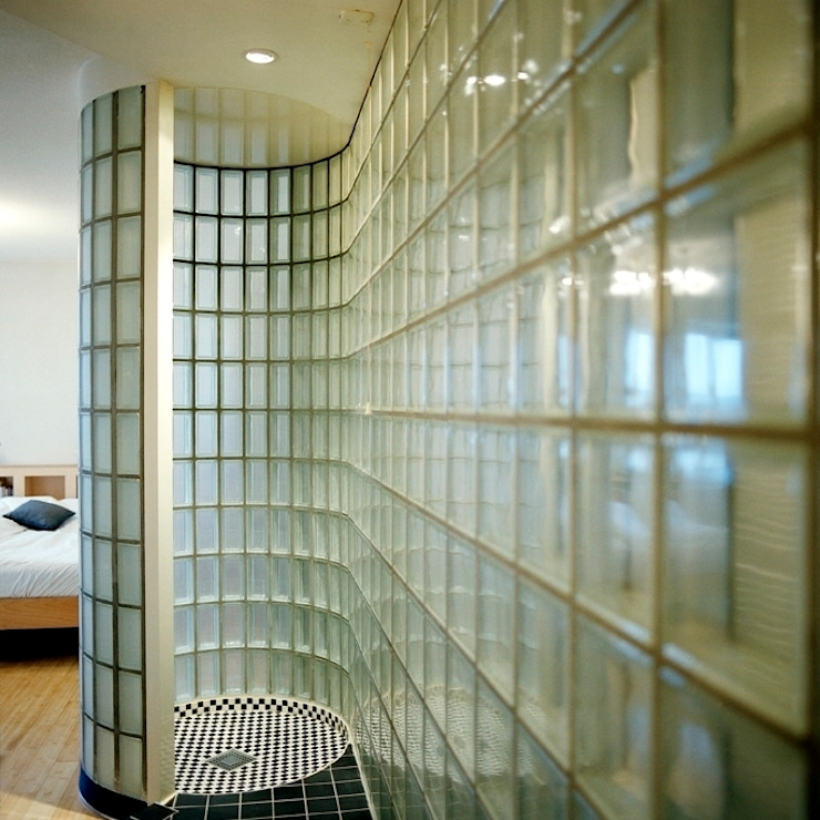 Transparante badkamer Moderne badkamers van Ab Interieurarchitect Modern