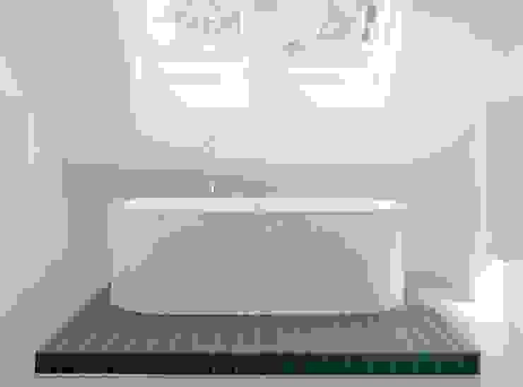 Een minimalistische badkamer Minimalistische badkamers van Ab Interieurarchitect Minimalistisch