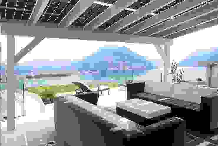 Solarterrassen & Carportwerk GmbH의 현대 , 모던