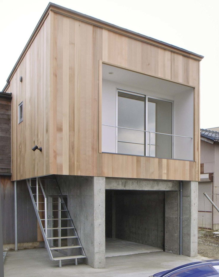 Eclectic style houses by 家山真建築研究室 Makoto Ieyama Architect Office Eclectic