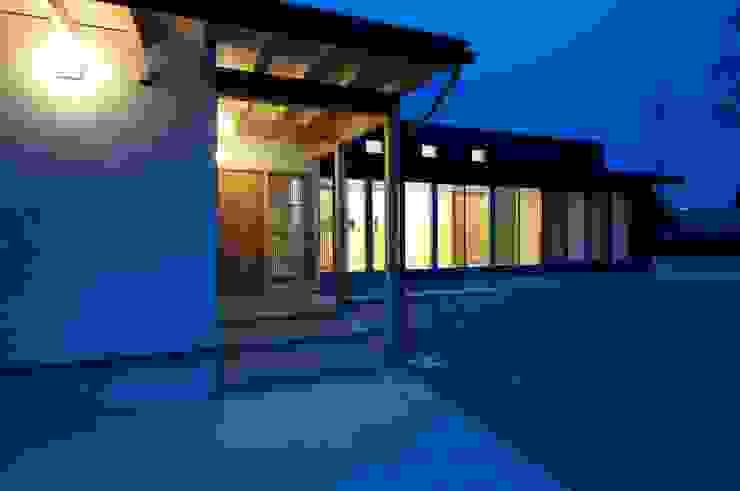 夕景 オリジナルな 家 の 家山真建築研究室 Makoto Ieyama Architect Office オリジナル