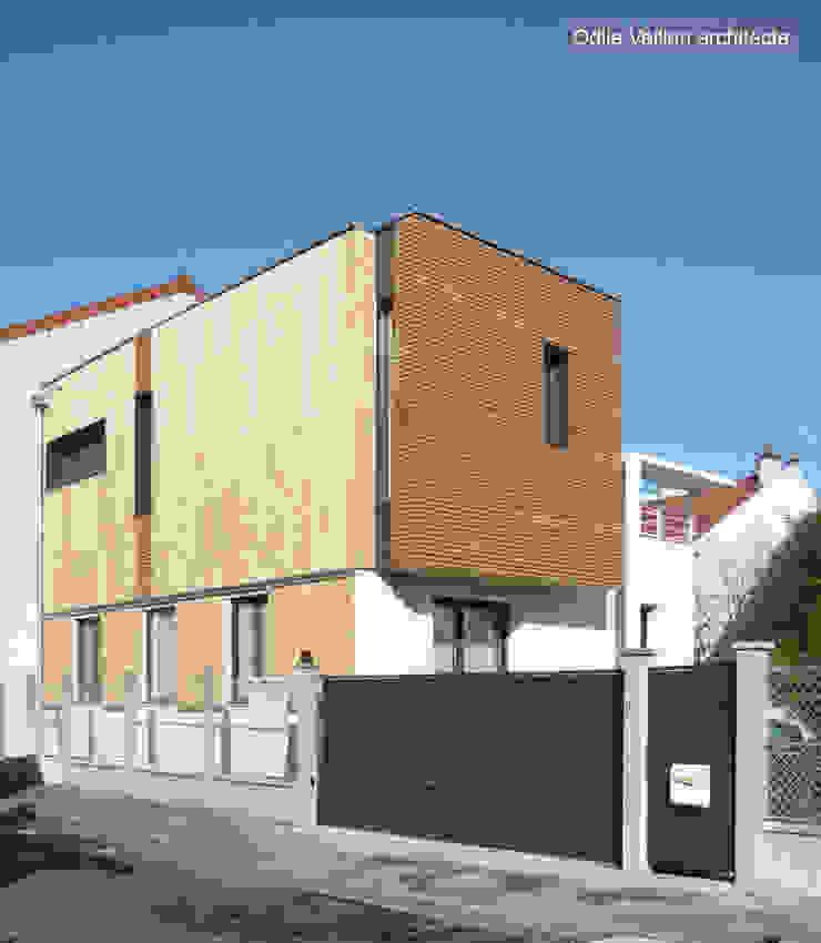 HOUSE - near PARIS Modern Houses by Agence d'architecture Odile Veillon / ARCHI-V.O Modern