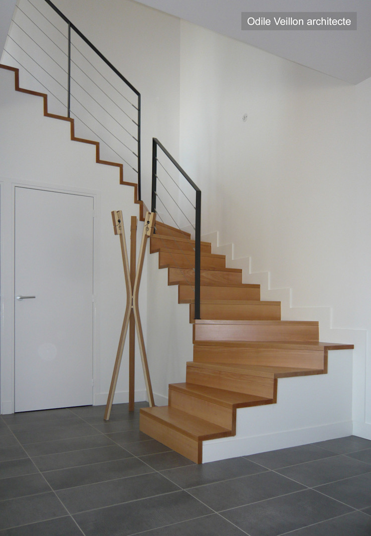 HOUSE—near PARIS Modern Corridor, Hallway and Staircase by Agence d'architecture Odile Veillon / ARCHI-V.O Modern