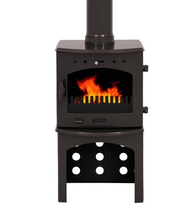 Carron Pebble Enamel 4.7kW Multifuel Stove With Log Store: modern  by Direct Stoves, Modern