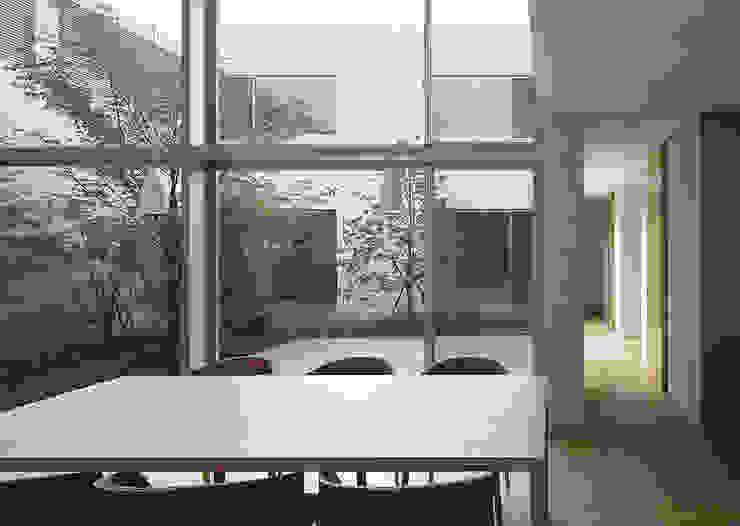中庭: Atelier Squareが手掛けた庭です。,モダン