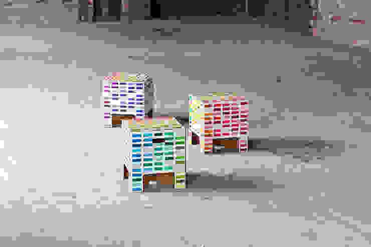 RAINBOW Dutch Design Chair Moderner Flur, Diele & Treppenhaus von Dutch Design Modern