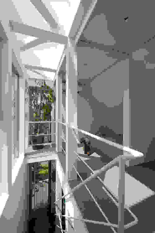 寝室 モダンスタイルの寝室 の 余田正徳/株式会社YODAアーキテクツ モダン