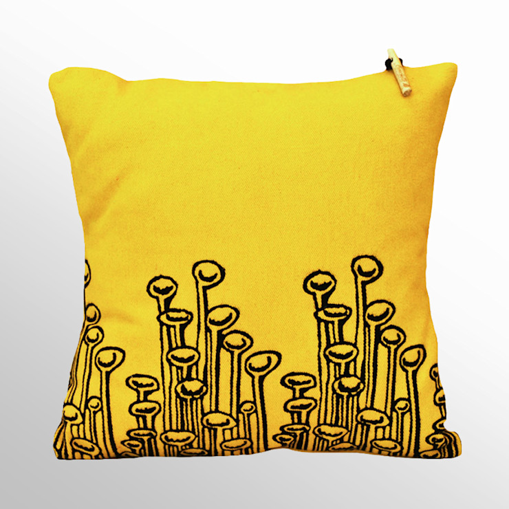 Chouchette – Chouchette 'Lamp' Cushion illustrated by artist Cristobal Dam:  tarz Ev İçi