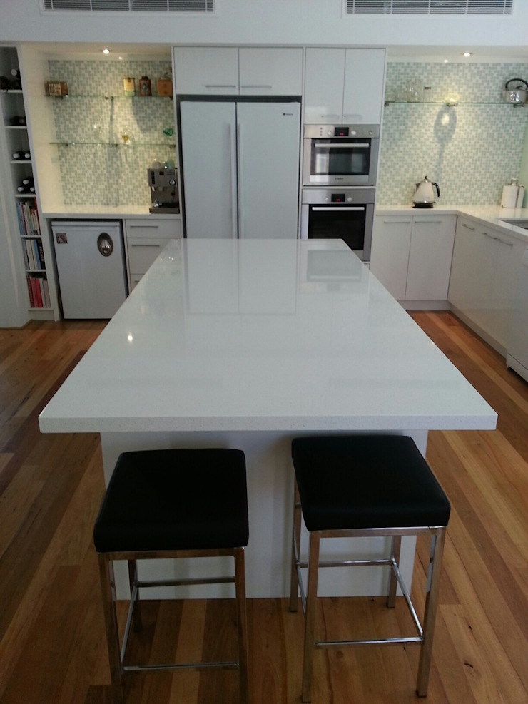 Detail of Kitchen Modern kitchen by Molyneux Designs Modern