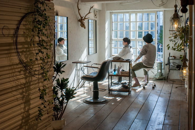 Lien hair atelier の トロッコ一級建築士事務所 ラスティック