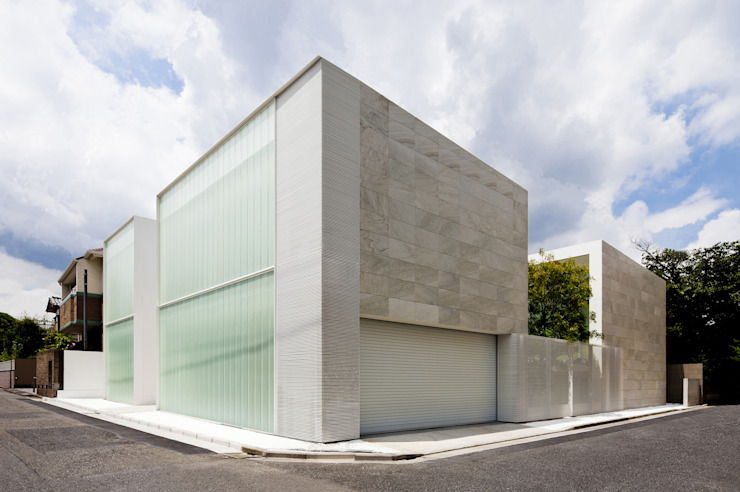 YUCCA design Minimalist houses