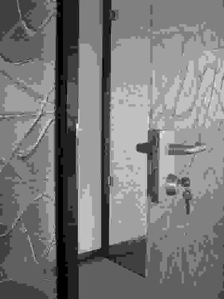 YBM Tasarım Dekoratif Cam Paneller – Cam Kapılar: modern tarz , Modern Cam