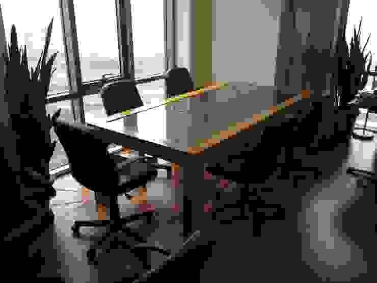 YBM Tasarım Dekoratif Cam Paneller – Dekoratif Cam Ofis Toplantı Masası: modern tarz , Modern Cam