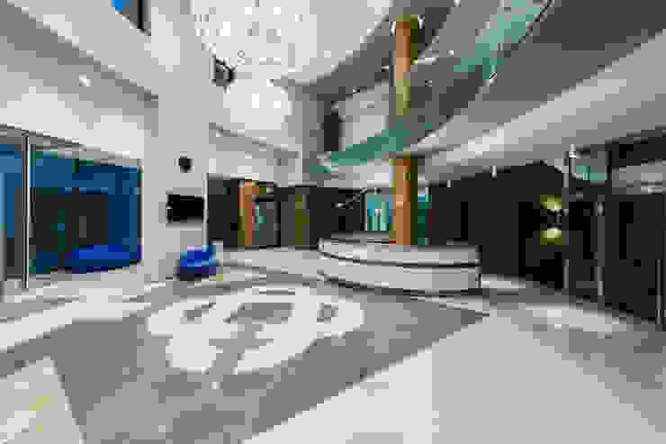 Sede Banca Prealpi a Tarzo di Artufficio s.r.l. Moderno
