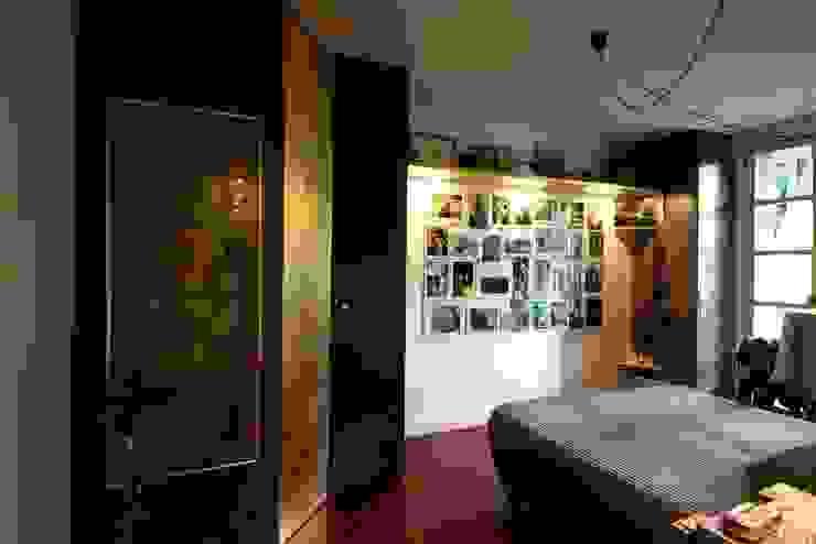 Camera matrimoniale Camera da letto eclettica di Falegnameria Ferrari Eclettico